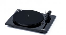 Pro-Ject Essential III Black
